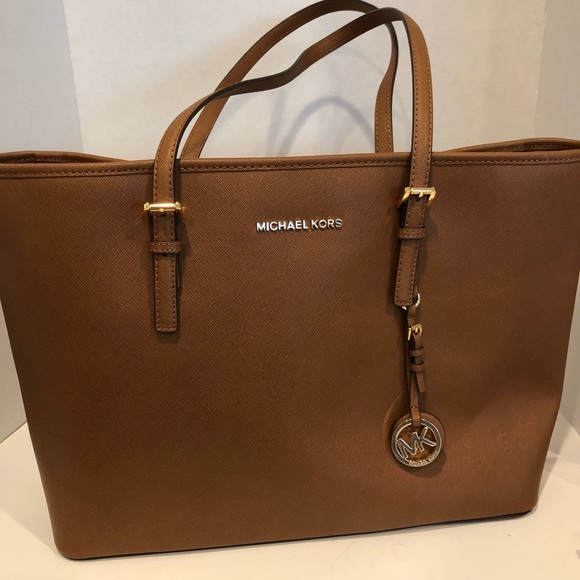 40d2cfccef16f1 Michael Kors Bags | Mk Jet Set Travel Medium Tote | Poshmark